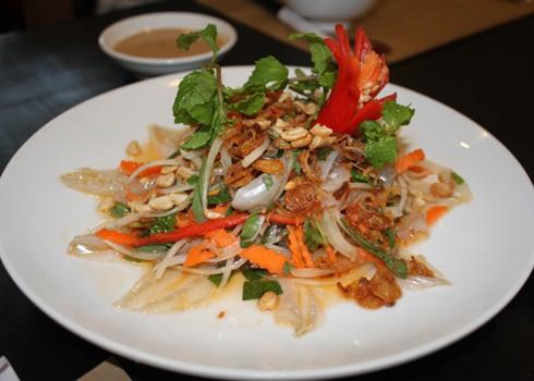 Gỏi cá mai đặc sản Nha Trang