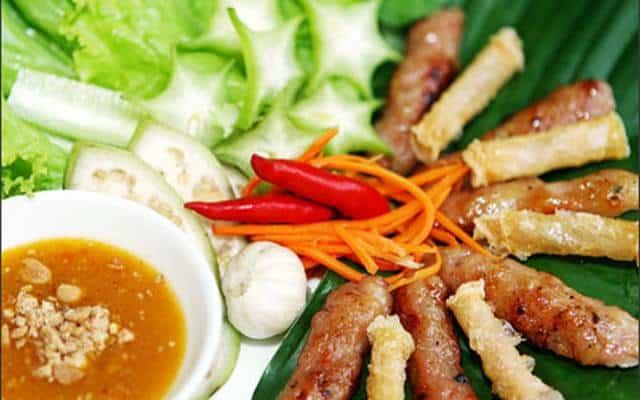 Nem nướng Ninh Hòa - Nên ăn gì khi tới Nha Trang