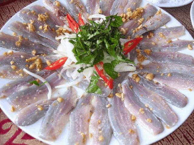 Gỏi cá Nghéo - đặc sản Quảng Bình