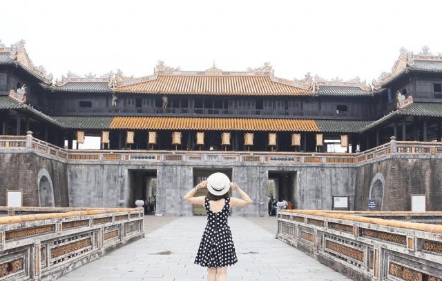 Cổng Ngọ Môn - Cửa chính của Hoàng thành Huế