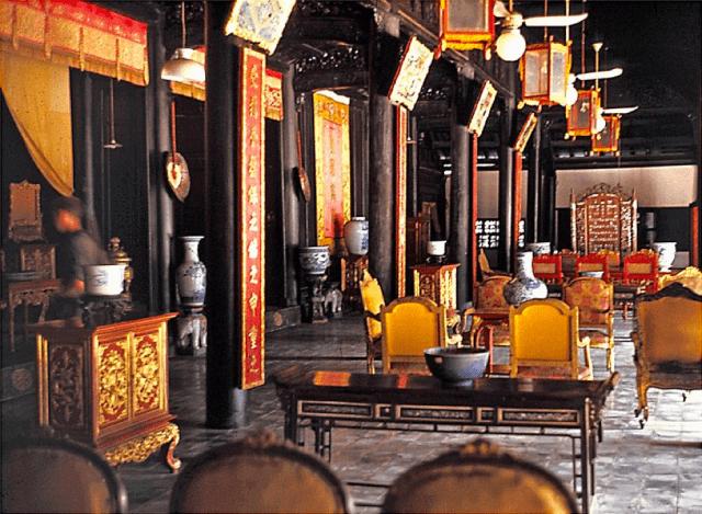 Kiến trúc nội thất cổ bên trong Cung Diên Thọ - Đại Nội Huế