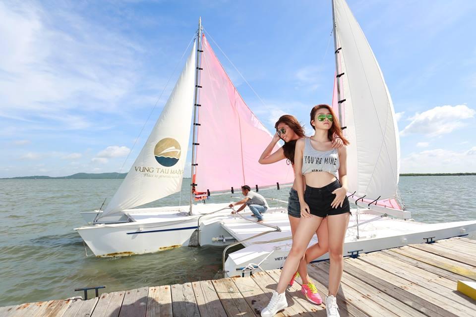 Bến thuyền Marina