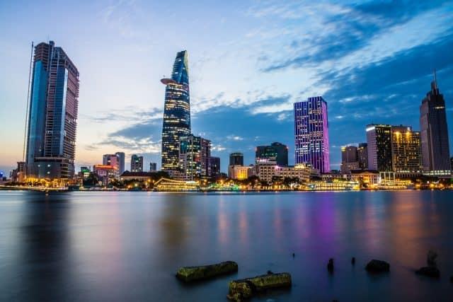 Khung cảnh Sài Gòn về đêm đẹp lung linh - địa điểm du lịch Sài Gònđẹp (Ảnh sưu tầm)