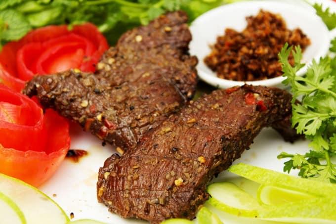 Bò một nắng đặc sản Phú Yên