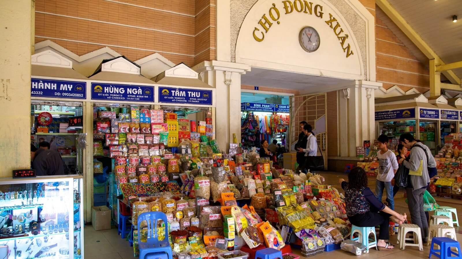 Chợ Đồng Xuân địa điểm tham quan mua sắm ở Hà Nội