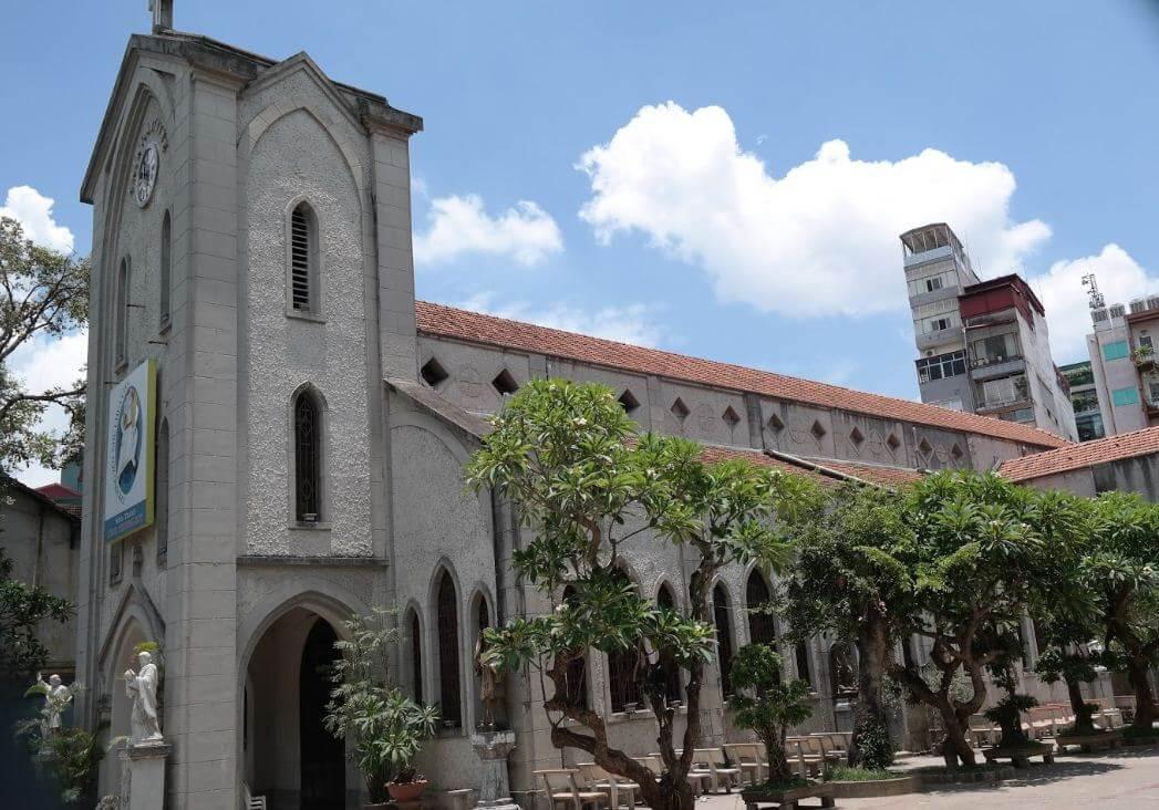 Nhà thờ Hàm Long những địa điểm tham quan đẹp ở hà nội