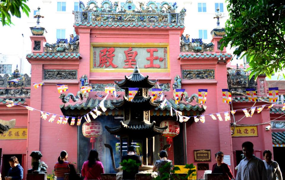 Ngôi chùa Ngọc Hoàng trang nghiêm