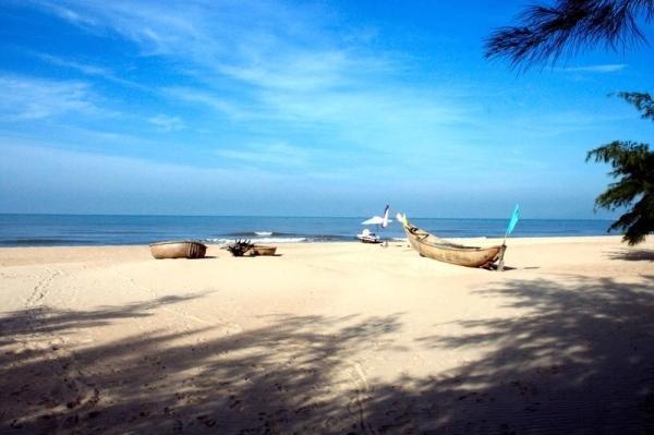 Cảnh nên thơ của Biển Suối Ồ (Nguồn sưu tầm)