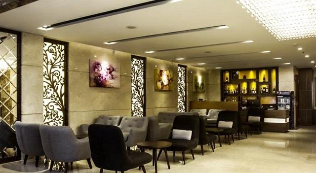 Le Hoang Beach Hotel 01