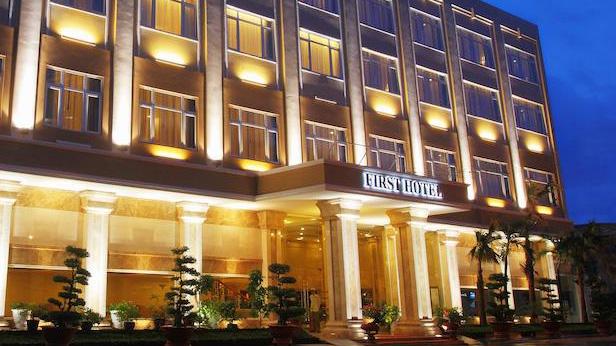 Cẩm nang du lịch hồ chí minh dừng chân Khách sạn First Hotel