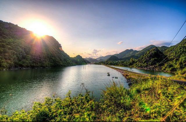 Vườn quốc gia Cát Bà với hệ sinh thái phong phú (Ảnh: ST)