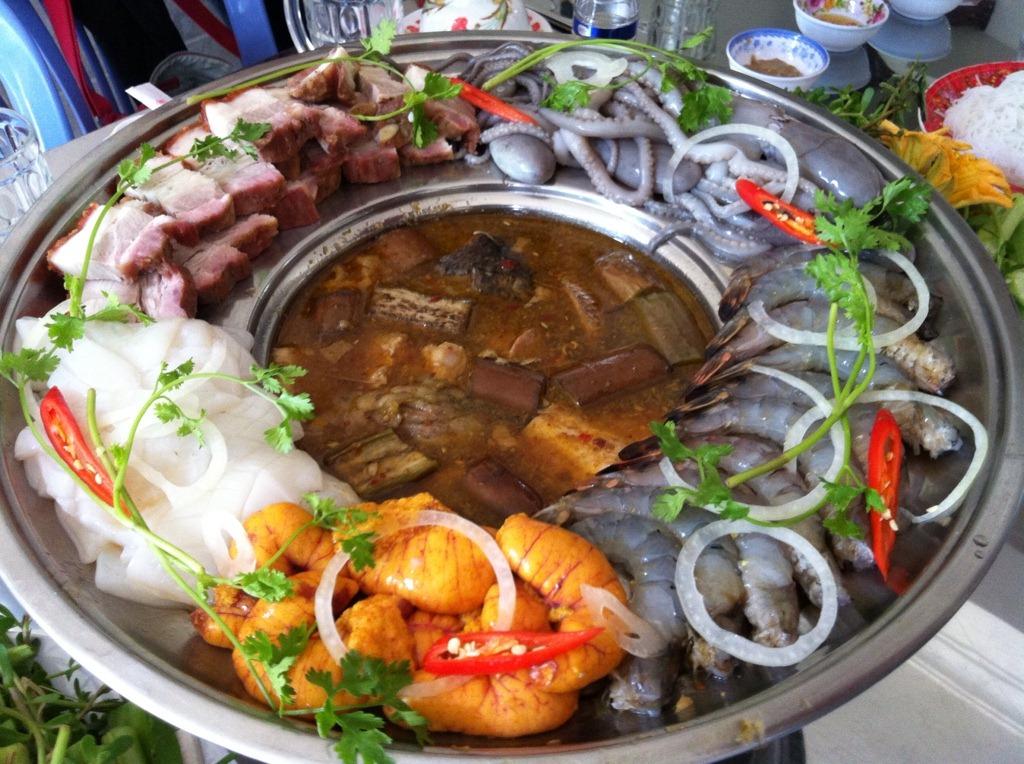 Món lẩu mắm miền Tây ở Sài Gòn