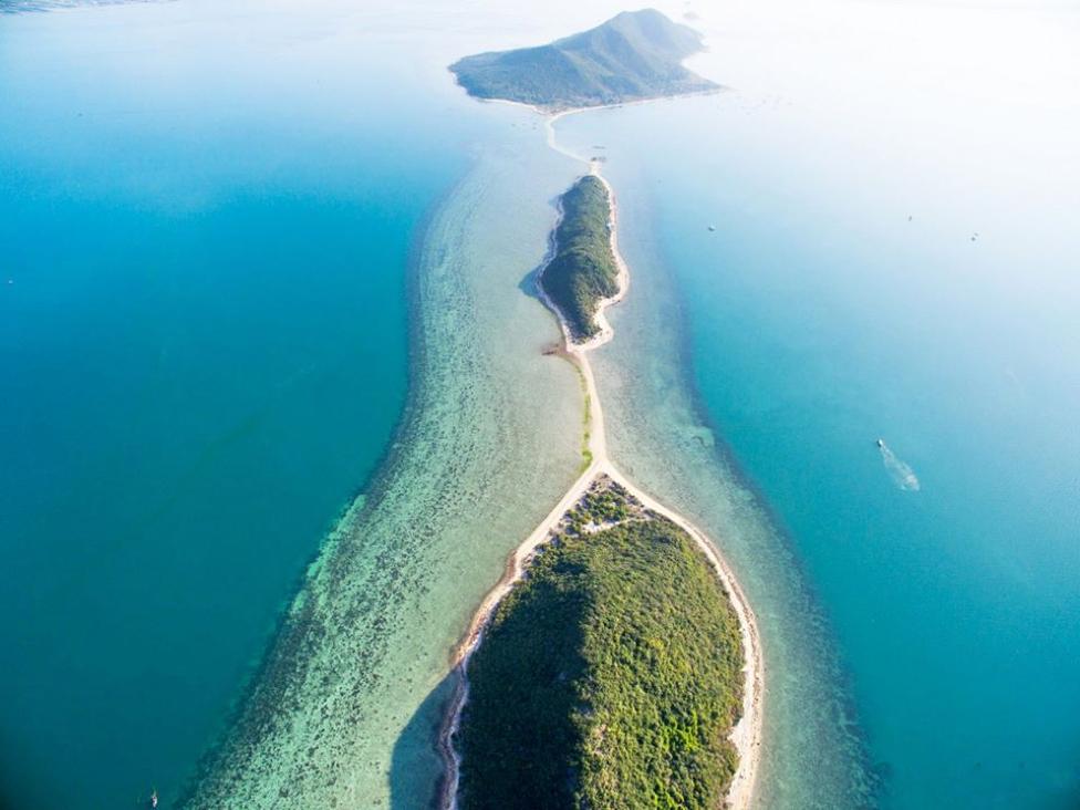 Du lịch đảo Điệp Sơn với con đường đi bộ giữa biển độc đáo 2