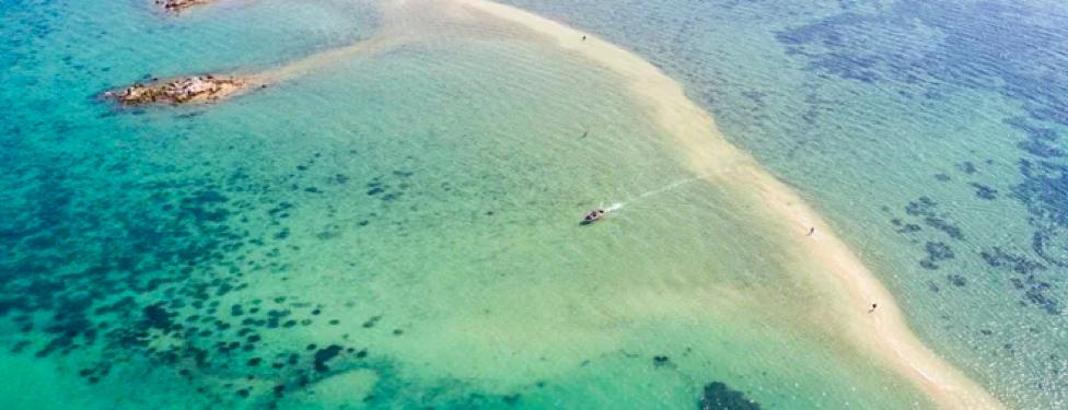 Du lịch đảo Điệp Sơn với con đường đi bộ giữa biển độc đáo 3