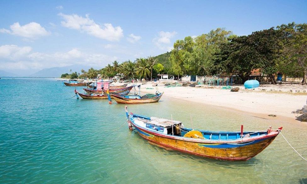 Du lịch đảo Điệp Sơn với con đường đi bộ giữa biển độc đáo 1