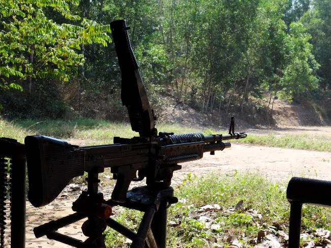 Hoạt động bắn súng trường tại địa đạo Bến Đình