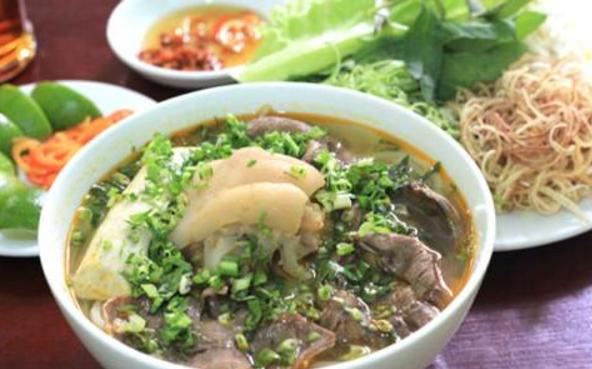 Quán Bún Bò Huế Thành Nội