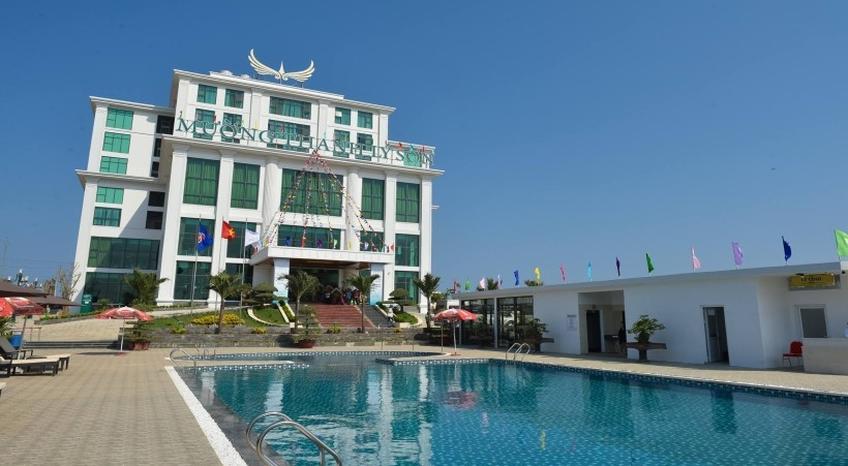 Bể bơi khách sạn (Nguồn sưu tầm)