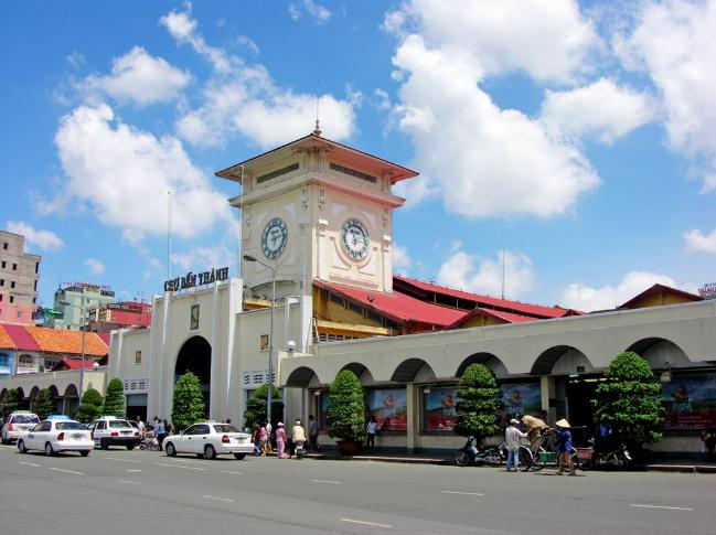 Chợ Bến Thành thành phố Hồ Chí Minh từ một góc độ khác