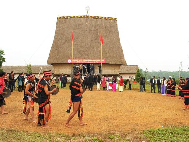 Các lễ hội thú vị ở Làng văn hóa các dân tộc Việt Nam
