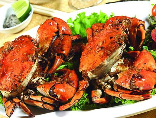 Ăn hải sản ngon ở sài gòn tại Nhà hàng Ngọc Sương Bến Thuyền