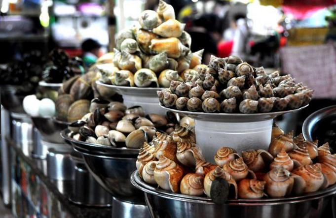 Món ốc đa dạng và phong phú tại chợ Bến Thành