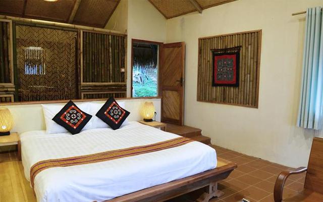 Khách sạn ở Pù Luông 01