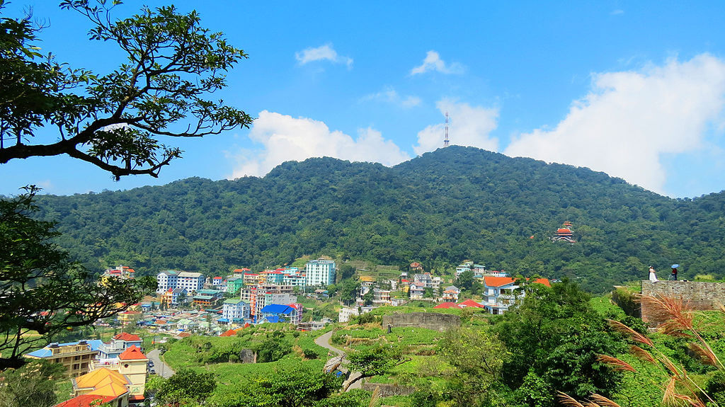 phong cảnh thị trấn tam đảo