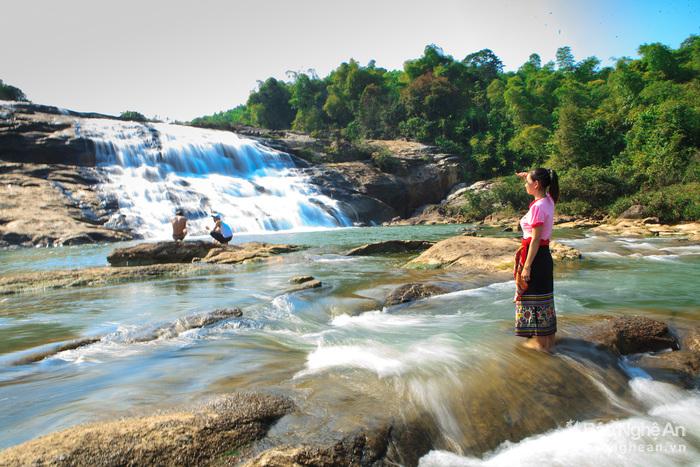 địa điểm du lịch nghệ an: thác xao la