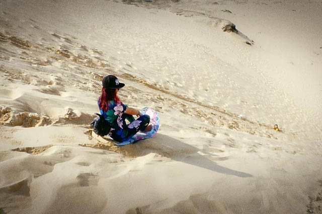 Trượt cát cồn cát Quang Phú