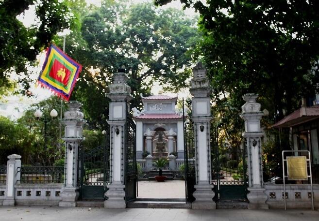 tượng đài Lê Thái Tổ