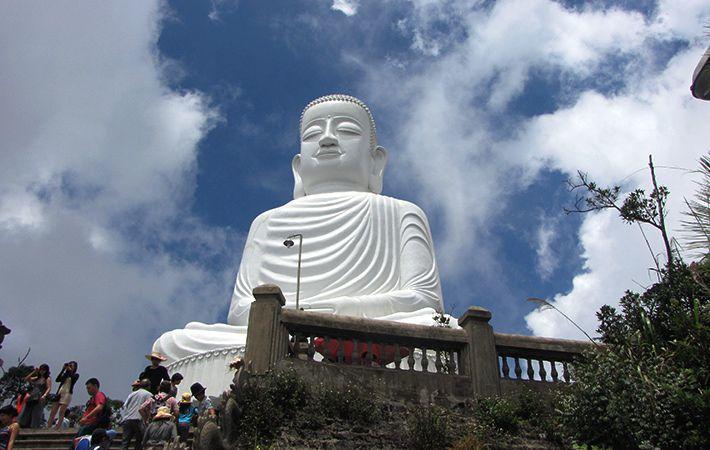 Tượng Đức Phật Thích Ca lớn nhất Việt Nam