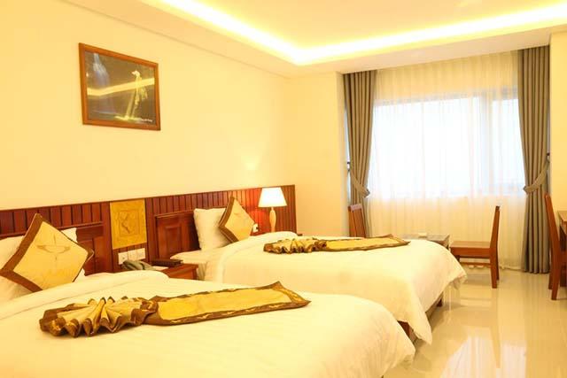 Vinh Hoang Hotel 01