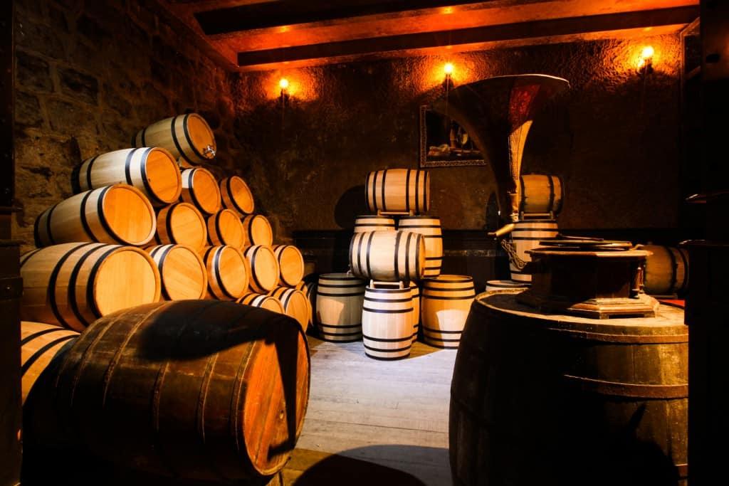 Hầm rượu cổ Debay - địa điểm du lịch Bà Nà