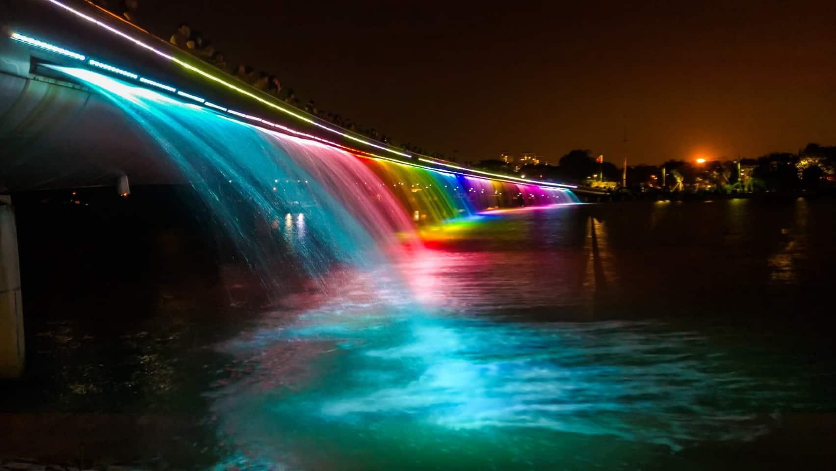 Chiêm ngưỡng Cầu Ánh Sao Sài Gòn về đêm