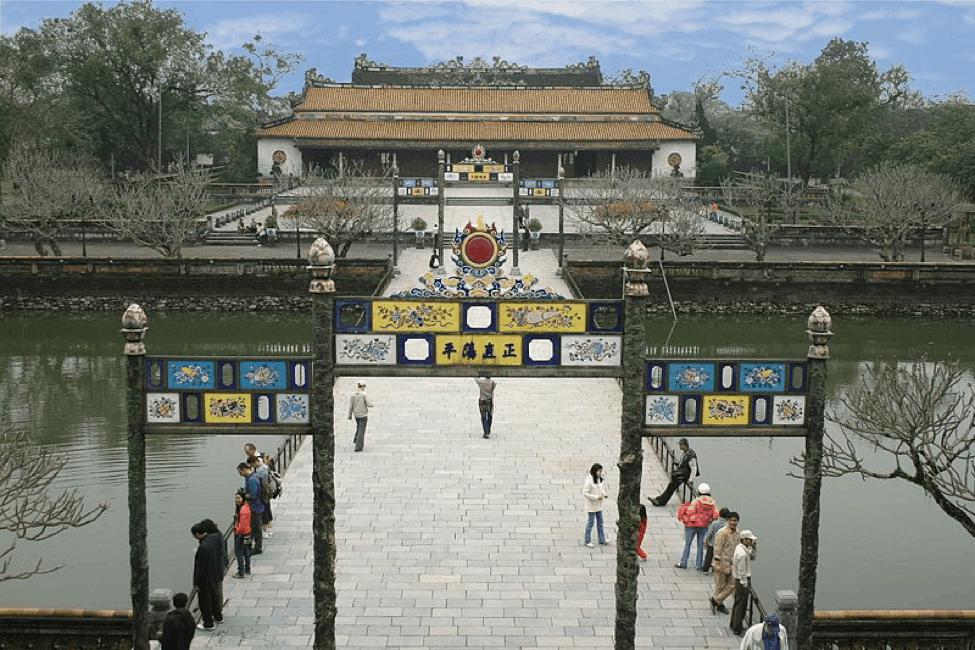 Điện Thái Hoà và Sân Đại Triều Nghi - địa điểm du lịch Huế