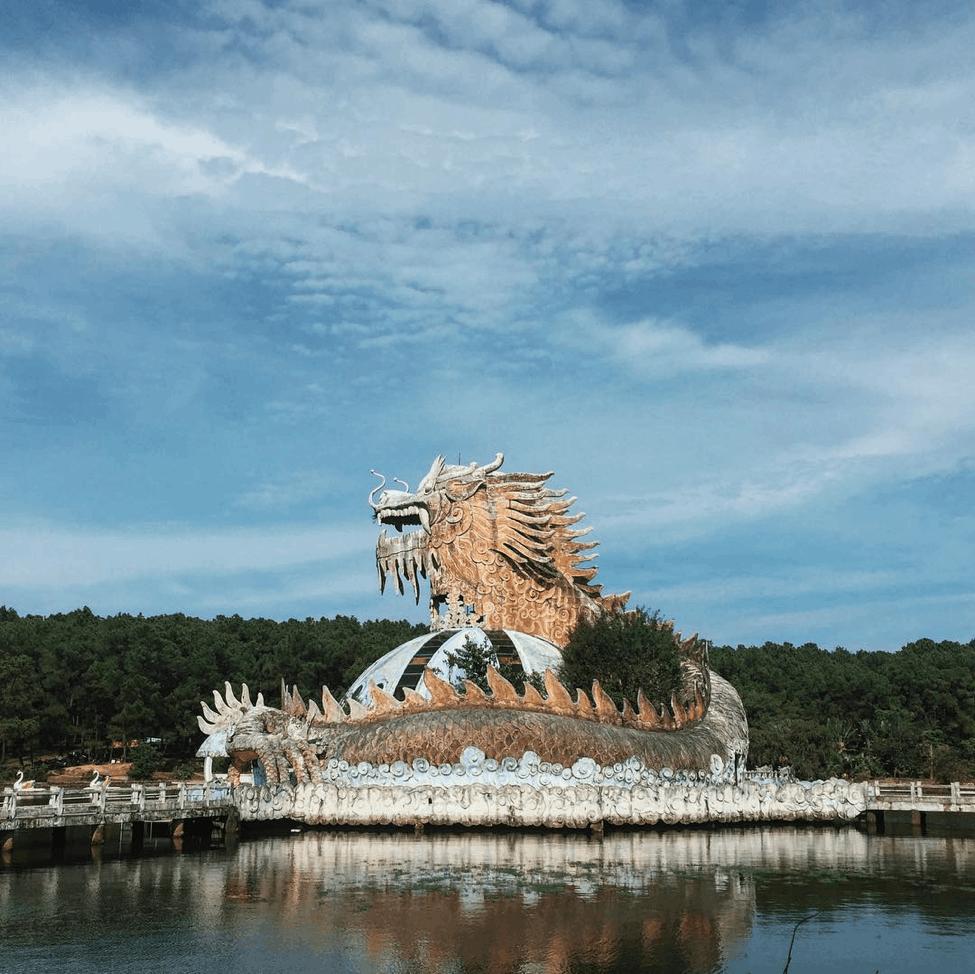 Hồ Thủy Tiên - địa điểm du lịch Huế
