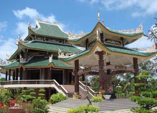 Khu lăng mộ cụ Nguyễn Đình Chiểu (Ảnh: ST)