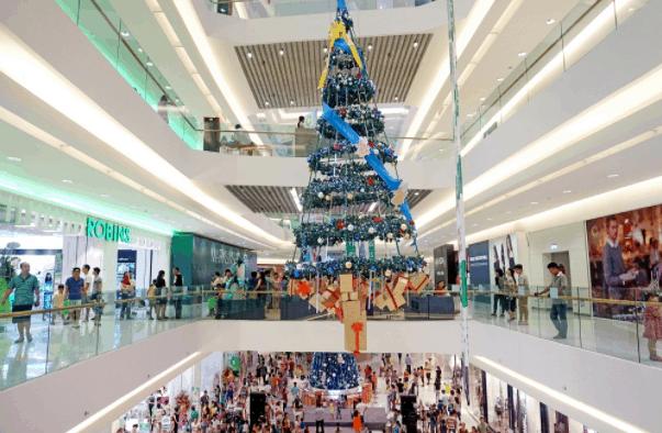 Không khí Noel tại Crescent Mall
