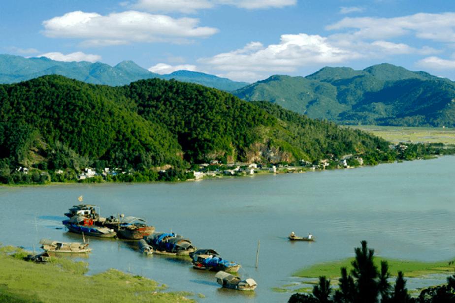 Núi Hồng Lĩnh - địa điểm du lịch Hà Tĩnh