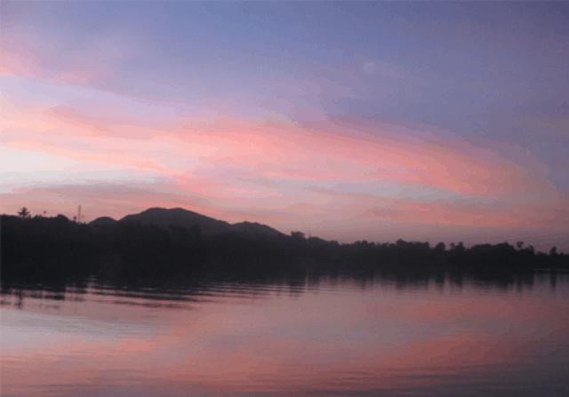 Chiều hoàng hôn trên sông Hương 01