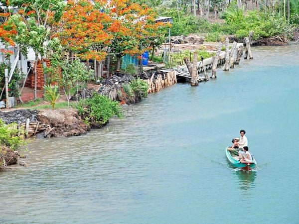 Cuộc sống bên bờ Kênh Vĩnh Tế An Giang (ảnh sưu tầm)