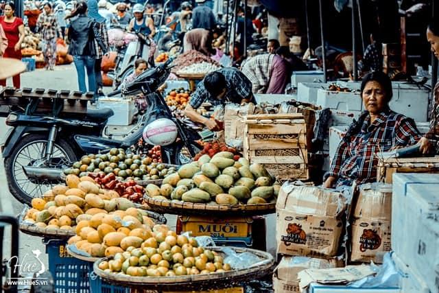 Chợ Đông Ba với những đặc sản Huế