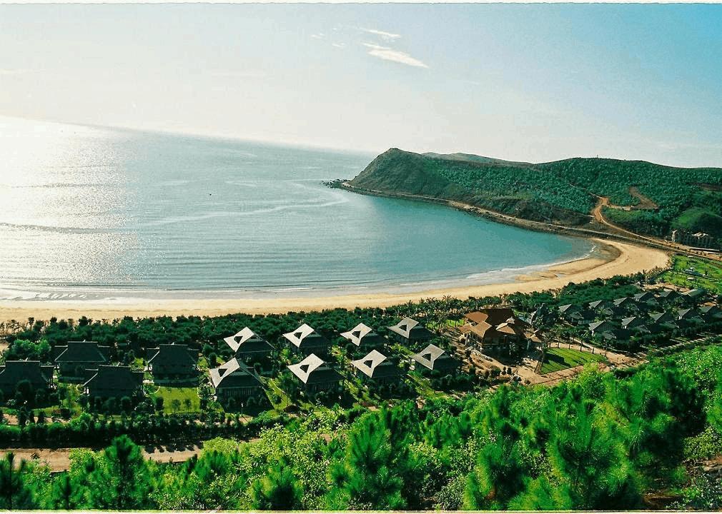 Bờ biển Cửa Lò đẹp và hấp dẫn cho những bước chân xê dịch
