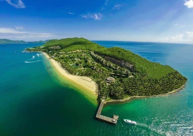đảo hòn tằm nổi bật như địa điểm du lịch nha trang nổi tiếng
