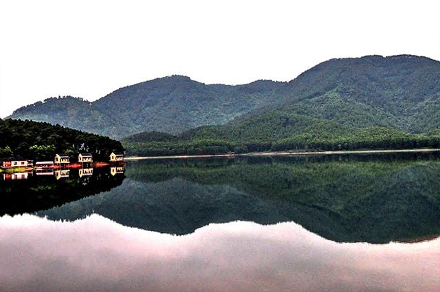 Khu du lịch sinh thái nổi tiếng Hà Tĩnh - hồ Trại Tiểu
