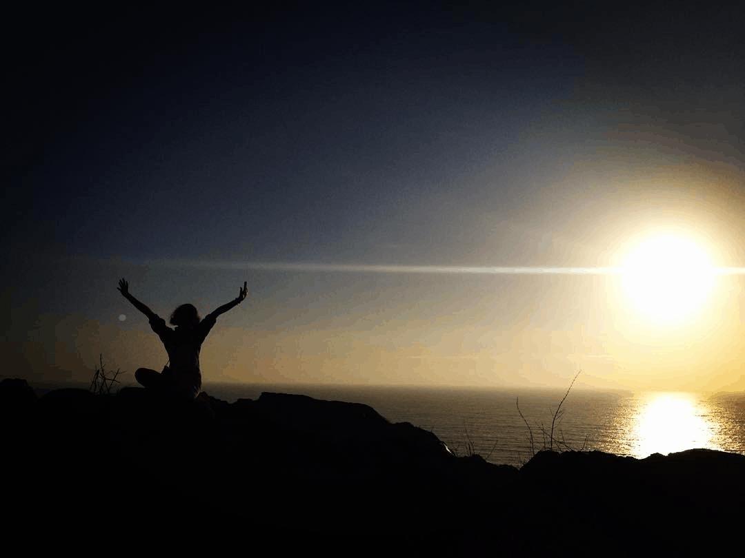 Bình minh trên đồi Con Heo thật yên bình