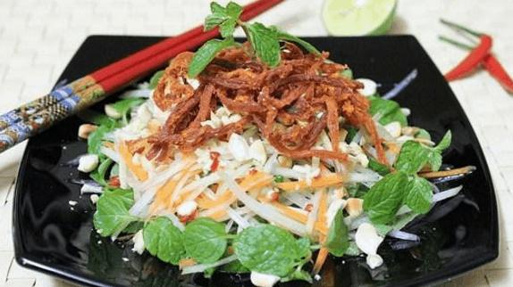 Mê tít với món gỏi khô bò tuyệt ngon ở Sài Gòn (Ảnh ST)