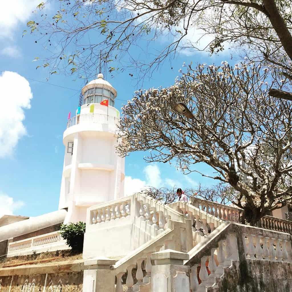 Cho đến nay, hải đăng Vũng Tàu đã được xây mới lại đẹp đẽ và khang trang hơn (Ảnh sưu tầm)