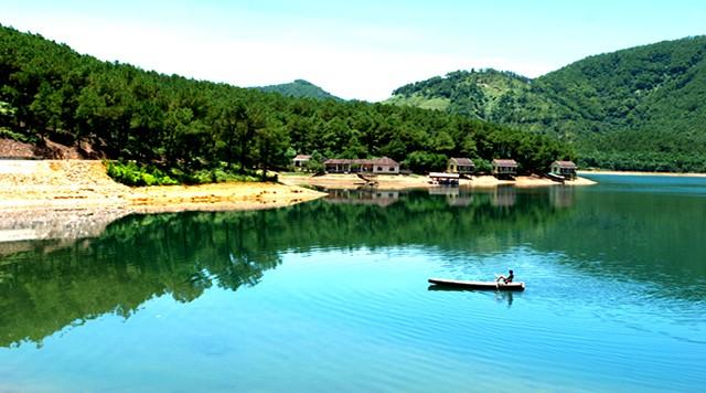 Cảnh sắc đầy ấn tượng của Hồ Trại Tiểu